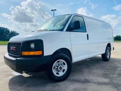 2016 GMC Savana Cargo for sale at AUTO DIRECT Bellaire in Houston TX