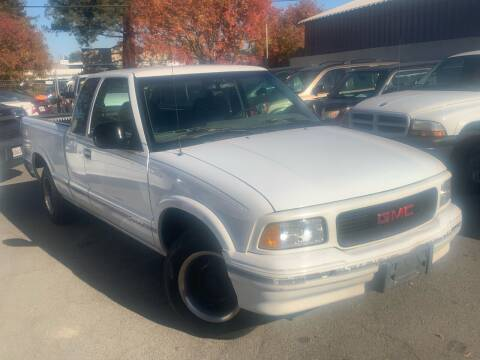 1997 GMC Sonoma for sale at River City Auto Sales Inc in West Sacramento CA