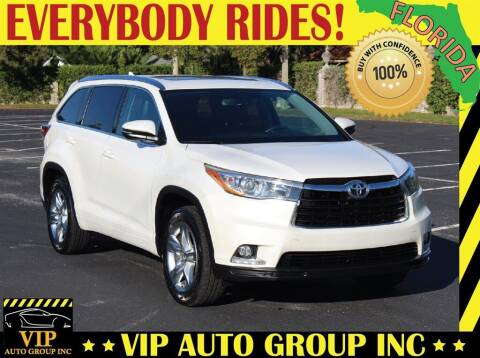 2016 Toyota Highlander for sale at VIP Auto Group in Clearwater FL