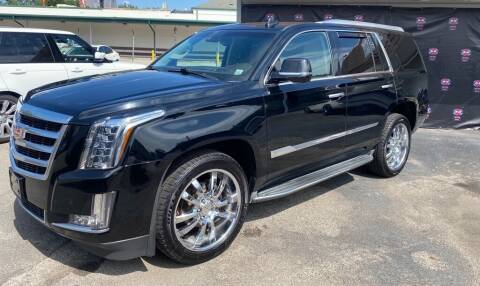 2015 Cadillac Escalade for sale at AH Ride & Pride Auto Group in Akron OH