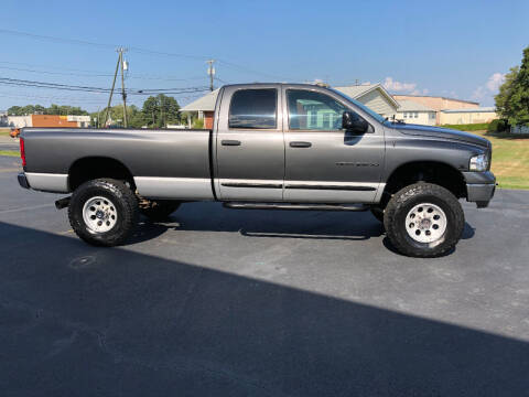 2003 Dodge Ram Pickup 2500 for sale at Superior Wholesalers Inc. in Fredericksburg VA