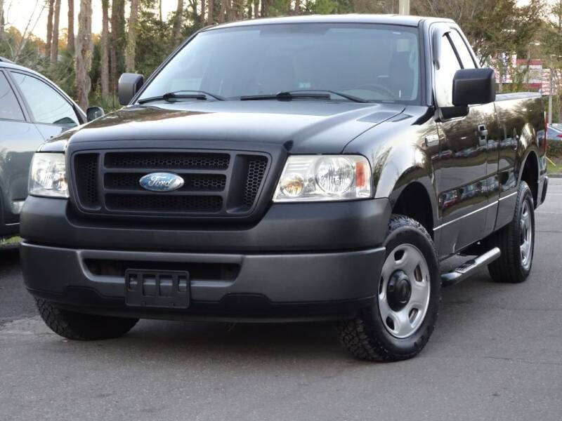 2006 Ford F-150 for sale at Deal Maker of Gainesville in Gainesville FL