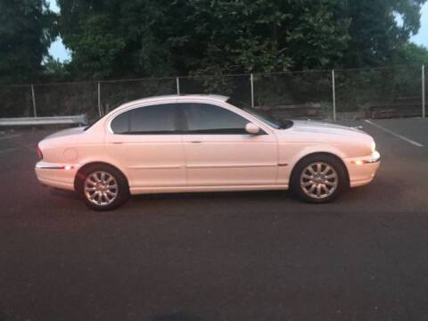 2002 Jaguar X-Type for sale at Classic Car Deals in Cadillac MI