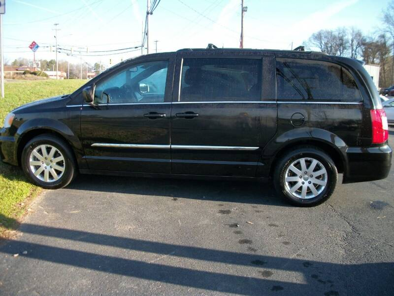 2014 Chrysler Town and Country for sale at Lentz's Auto Sales in Albemarle NC