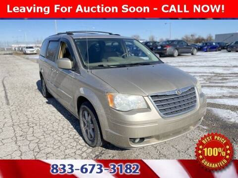 2009 Chrysler Town and Country for sale at Glenbrook Dodge Chrysler Jeep Ram and Fiat in Fort Wayne IN