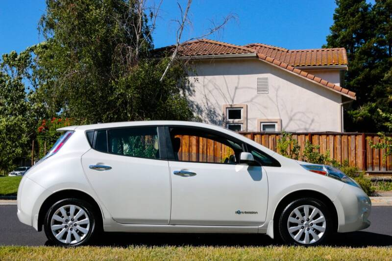 2016 Nissan LEAF for sale at California Diversified Venture in Livermore CA