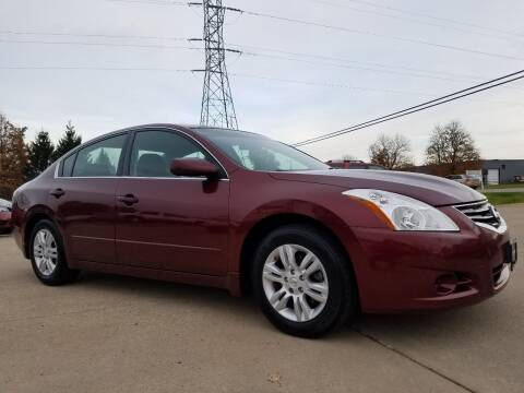 2010 Nissan Altima for sale at CarNation Auto Group in Alliance OH