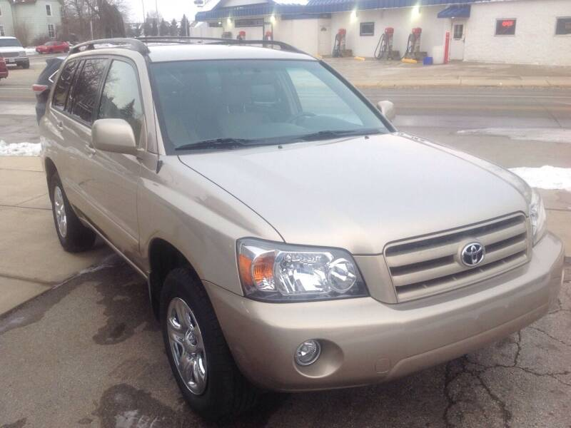 2005 Toyota Highlander for sale at Sindic Motors in Waukesha WI