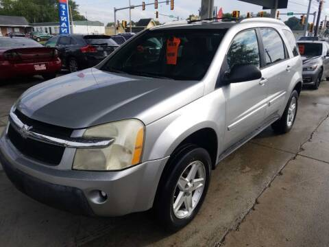 2005 Chevrolet Equinox for sale at SpringField Select Autos in Springfield IL