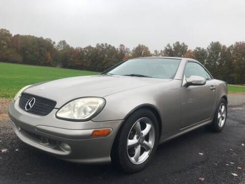 2004 Mercedes-Benz SLK for sale at GOOD USED CARS INC in Ravenna OH