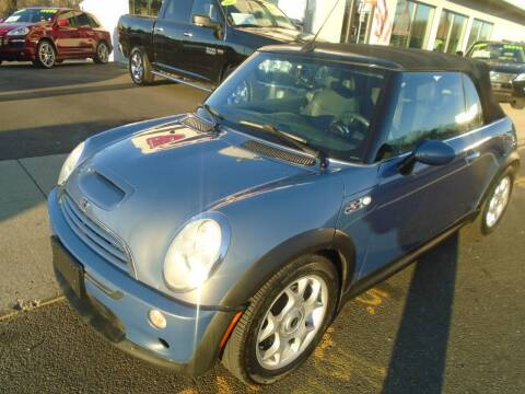 2007 MINI Cooper for sale at Island Auto Buyers in West Babylon NY