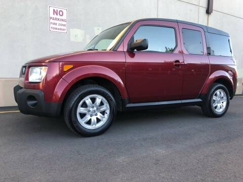 2006 Honda Element for sale at International Auto Sales in Hasbrouck Heights NJ