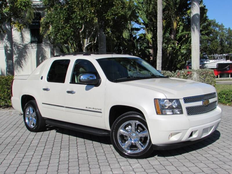 2013 Chevrolet Avalanche for sale at Auto Quest USA INC in Fort Myers Beach FL
