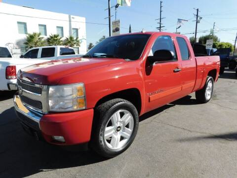 2008 Chevrolet Silverado 1500 for sale at Williams Auto Mart Inc in Pacoima CA