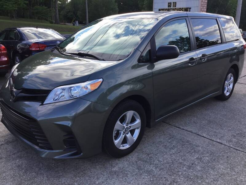 2018 Toyota Sienna for sale at Integrity Auto Sales in Dickson TN