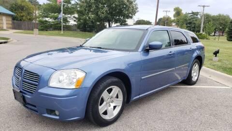 2007 Dodge Magnum for sale at Nationwide Auto in Merriam KS