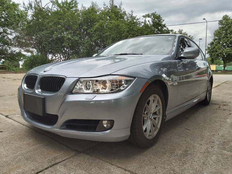 2010 BMW 3 Series for sale at Crispin Auto Sales in Urbana IL