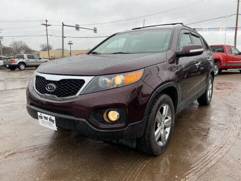 2013 Kia Sorento for sale at Toy Box Auto Sales LLC in La Crosse WI