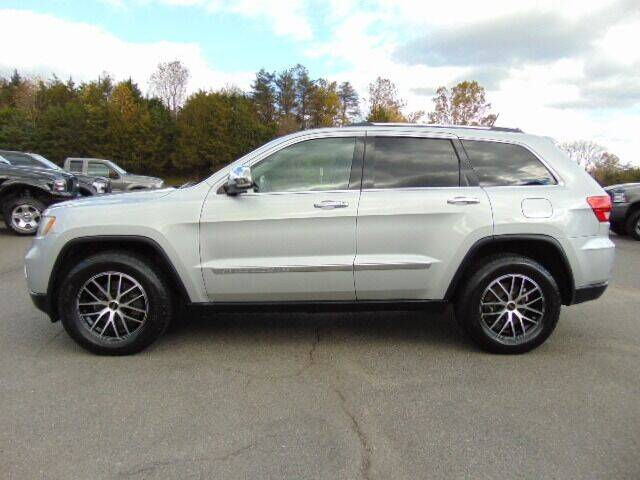2011 Jeep Grand Cherokee for sale at E & M AUTO SALES in Locust Grove VA