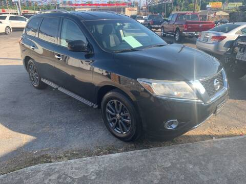 2015 Nissan Pathfinder for sale at Rutledge Auto Group in Palestine TX