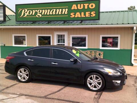 2013 Nissan Altima for sale at Borgmann Auto Sales in Norfolk NE
