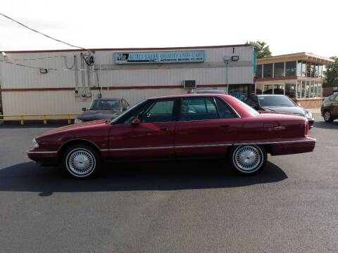 1994 Oldsmobile Ninety-Eight for sale at MR Auto Sales Inc. in Eastlake OH