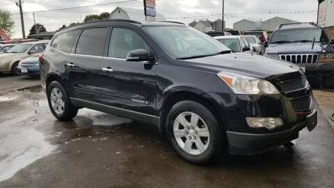 2009 Chevrolet Traverse for sale at North Chicago Car Sales Inc in Waukegan IL