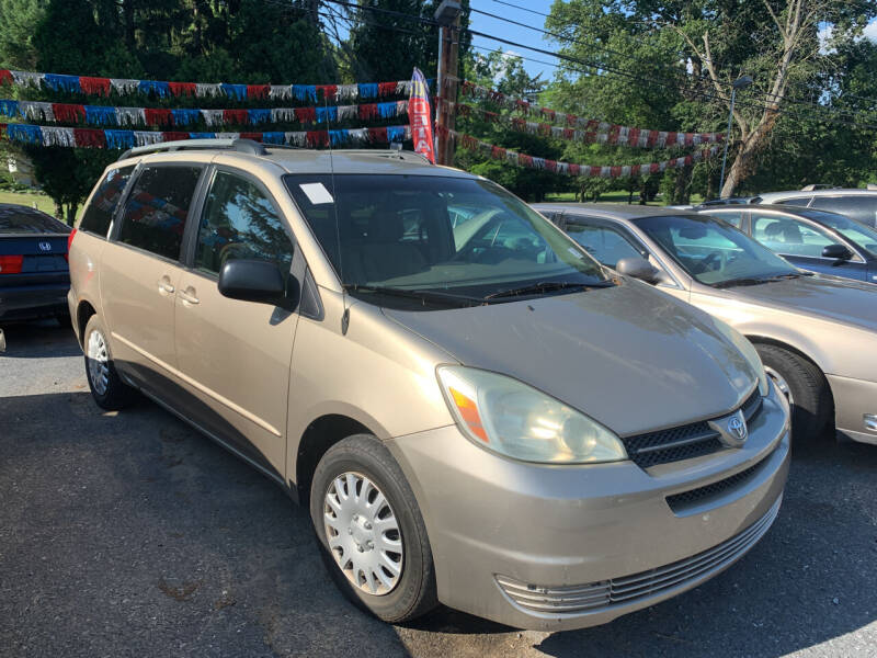 2004 Toyota Sienna for sale at Harrisburg Auto Center Inc. in Harrisburg PA