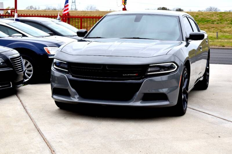 2018 Dodge Charger for sale at Auto Hunters in Houston TX