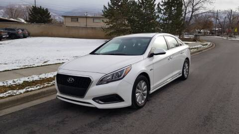 2016 Hyundai Sonata Hybrid for sale at A.I. Monroe Auto Sales in Bountiful UT