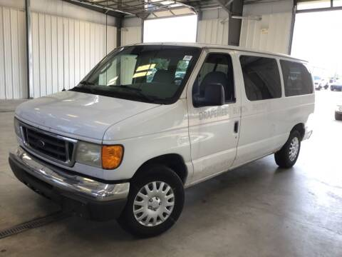 2005 Ford E-Series Wagon for sale at Government Fleet Sales - Buy Here Pay Here in Kansas City MO