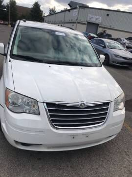 2010 Chrysler Town and Country for sale at Tiger Auto Sales in Columbus OH