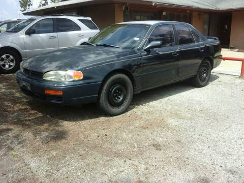 1995 Toyota Camry for sale at John 3:16 Motors in San Antonio TX