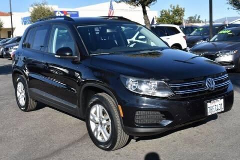 2016 Volkswagen Tiguan for sale at DIAMOND VALLEY HONDA in Hemet CA