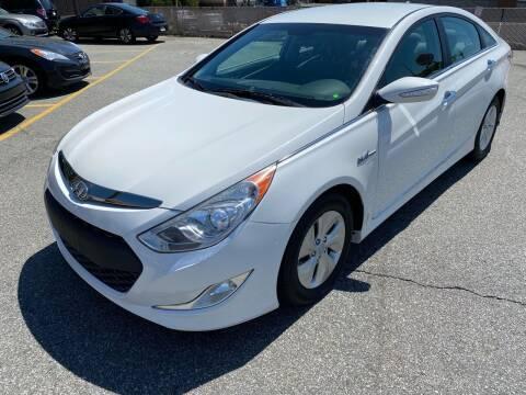 2013 Hyundai Sonata Hybrid for sale at MAGIC AUTO SALES - Magic Auto Prestige in South Hackensack NJ