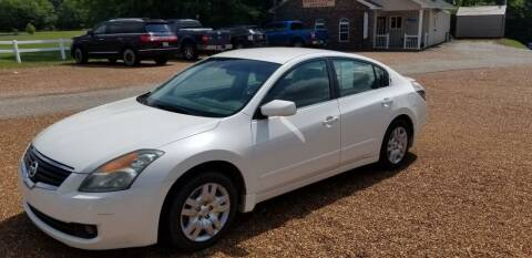 2009 Nissan Altima for sale at Scarletts Cars in Camden TN