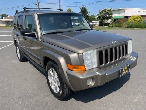 2006 Jeep Commander for sale at Shell Motors in Chantilly VA