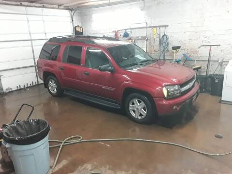 2003 Chevrolet TrailBlazer for sale at BARNES AUTO SALES in Mandan ND