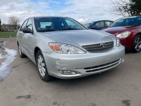 2004 Toyota Camry for sale at M AND S CAR SALES LLC in Independence OR