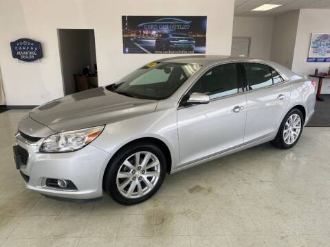 2015 Chevrolet Malibu for sale at Used Car Outlet in Bloomington IL