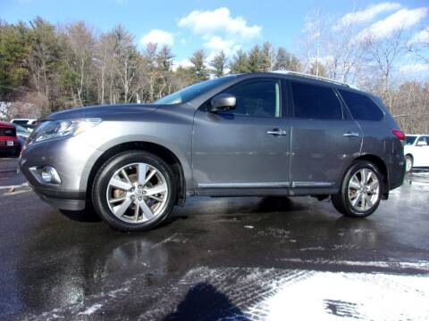 2016 Nissan Pathfinder for sale at Mark's Discount Truck & Auto Sales in Londonderry NH