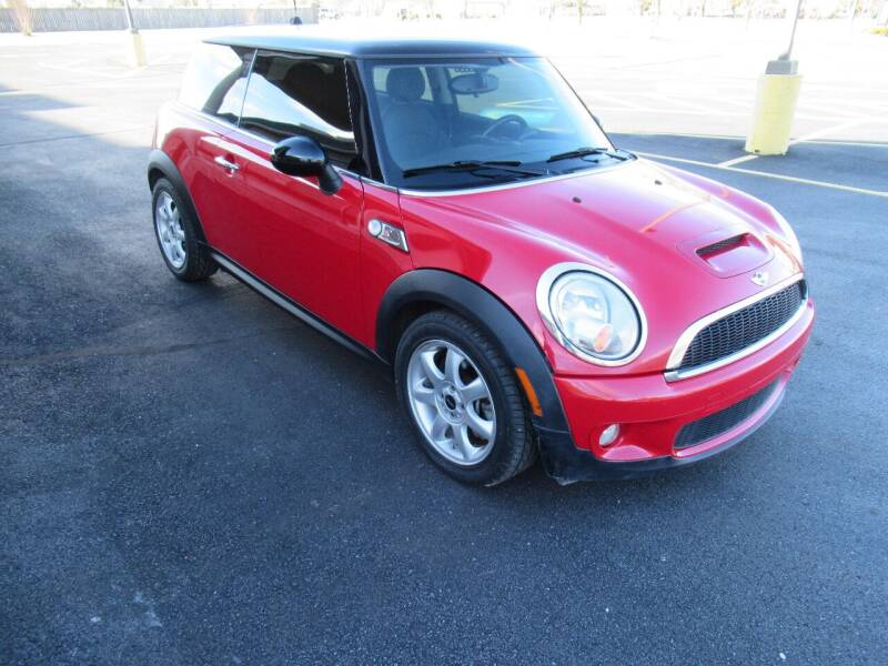 2010 MINI Cooper for sale at Just Drive Auto in Springdale AR