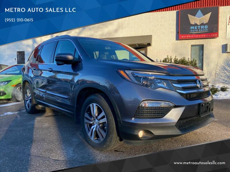 2017 Honda Pilot for sale at METRO AUTO SALES LLC in Blaine MN