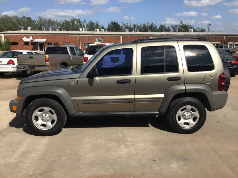 2006 Jeep Liberty for sale at 4 B CAR CORNER in Anadarko OK