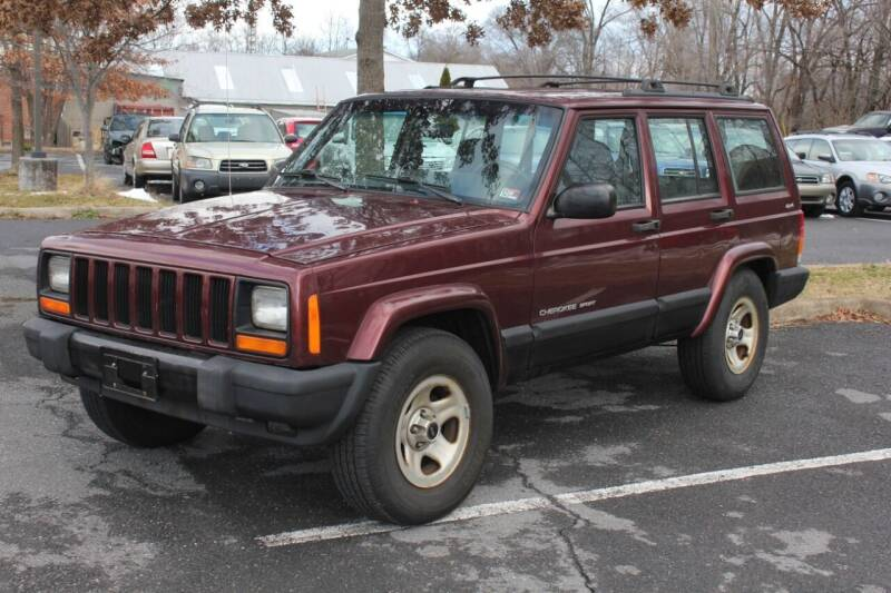 2000 Jeep Cherokee for sale at Auto Bahn Motors in Winchester VA