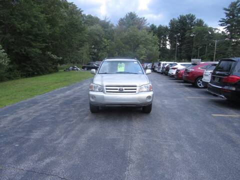2005 Toyota Highlander for sale at Heritage Truck and Auto Inc. in Londonderry NH