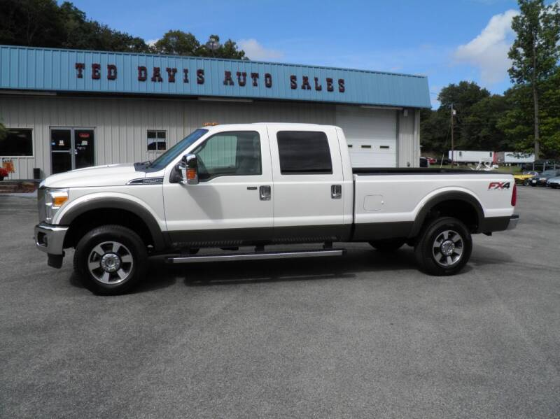 2015 Ford F-250 Super Duty for sale at Ted Davis Auto Sales in Riverton WV