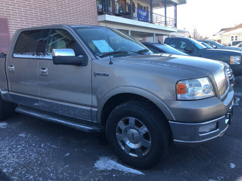 2006 Lincoln Mark LT for sale at Rine's Auto Sales in Mifflinburg PA