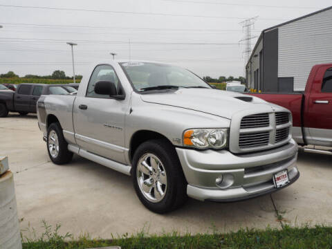2005 Dodge Ram Pickup 1500 for sale at SIMOTES MOTORS in Minooka IL