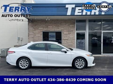 2019 Toyota Camry for sale at Terry Auto Outlet in Lynchburg VA